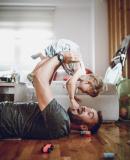 Постер к Мальчик – отец мужчины
